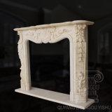 Scultura francese della mensola del camino del camino del marmo di stile per la decorazione domestica