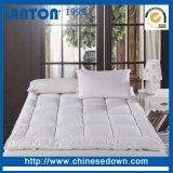 Feste doppelte Fußboden-Großhandelsente, die unten Bett-Matratze-Auflage füllt