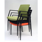 Stapelbarer Gewebe-Typ Sitzungs-Stuhl mit Schreibens-Tabletten
