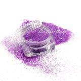 Cor violeta cintilantes em pó para a arte de unhas