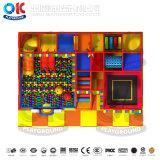 Смешные красочной мягкой игровой площадкой для установки внутри помещений