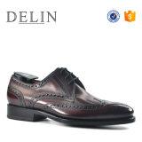 Venta caliente hombres cómodos zapatos de vestir de cuero