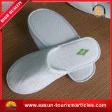 Deslizadores descartáveis do hotel relativo à promoção do cetim da linha aérea dos acessórios da sapata