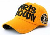 Поставка фабрики подгоняла вышитую логосом выдвиженческую бейсбольную кепку спортов хлопка