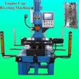 Triebwerk-Schutzkappen-Nietmaschine