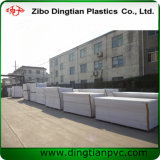 Alta qualità 0.55/0.6 strati neri della gomma piuma del PVC di bianco di densità