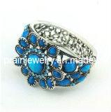 Estilo veraniego bisutería, piedras preciosas de color azul forma de flor Pulsera de resina acrílica Plaed con muebles antiguos de la Plata Envrionmental amable