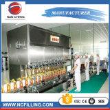 Ligne droite machine à étiquettes recouvrante de remplissage de bouteilles d'animal familier pour la ligne remplissante automatique liquide