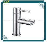 Круглые крома гарантии качества законченный определяют Faucet тазика ручки встречный