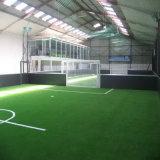 Relvado artificial fibrilado do fio para o futebol