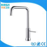 Faucet de bronze da cozinha água fria/quente de Comtemporary