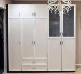Garde-robe en bois de chambre à coucher de porte du luxe 6 de modèle moderne