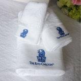 Выдвиженческая сторона 100% гостиницы/домашних хлопка /Bath/полотенца руки/пляжа с логосом Embroideried
