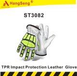 El impacto de TPR de cuero de protección de las obras de seguridad guante para uso industrial.