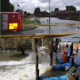 A estação da bomba de água eléctrica móvel com prática