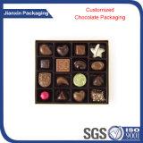 Boîte-cadeau claire remplaçable de chocolat de tailles importantes avec la couverture