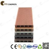 Material de construção de jardim Piso de madeira laminado de plástico barato