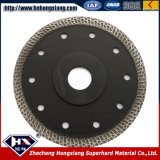 Bom desempenho Diamond Road Cutting Blade for Road and Asphalt