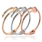 Braccialetto di cristallo di lusso del chiodo del braccialetto del braccialetto del polsino del braccialetto di disegno del chiodo