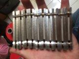 穿孔機ビットセグメントのための金属によってろう付けされる磁石のホールダー