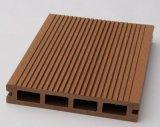 Revestimento laminado da superfície WPC madeira Grooved impermeável