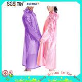 Qualitäts-haltbare Polyester-Form-langer erwachsener Regen-Mantel