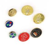 Il Pin di metallo su ordinazione dello smalto molle variopinto differente di disegno Badges il distintivo del metallo con il Pin della farfalla