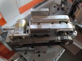 Máquina que pega de la esquina del rectángulo automático lleno del cartón de papel
