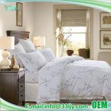 Het witte Katoenen van de Luxe Hotel drukte de Reeks van het Blad van het Bed af