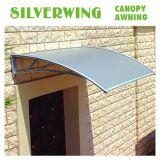 Puerta transparente de policarbonato resistente cubierta con montaje de toldos de aluminio (AA-C).