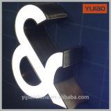 Les signes acryliques décoratifs faits sur commande de lettres de la Manche ont illuminé 3D annonçant l'alphabet de DEL