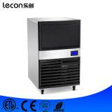 機械氷メーカーを作るLecon LC100sの角氷