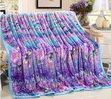 Doux superbes chauffent la couverture d'ouatine de flanelle estampée par polyester 100%
