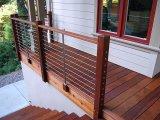 別荘のための現代デザインステンレス鋼ワイヤーかケーブルの柵