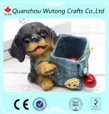 美しい犬の置物が付いているカスタム表の装飾の樹脂の鉛筆のホールダー