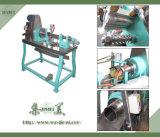 産業熱い販売法の半自動パイナップル皮機械
