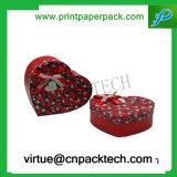 Rectángulo de papel del caramelo del regalo con estilo de la tarjeta del día de San Valentín con dimensión de una variable del corazón