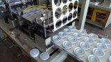 Automatischer Plastikdeckel, der Maschine herstellt