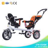 双生児のための押し棒子供の三輪車が付いているベビーカーの三輪車