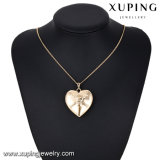 32205 형식 18k 금 심혼에 있는 해골 보석 목걸이 펜던트는 형성했다