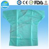 Manteau en plastique jetable en PP + PE, robes de laboratoire imperméables
