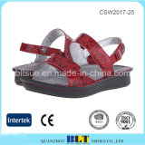 Form-Entwurfs-roter einfacher Art-Frauen-Klotz-Schuh
