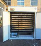 L'incubateur automatique de 2376 oeufs de poulet hachant la machine avec du CE a reconnu