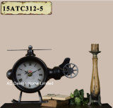 Orologio rustico del piano d'appoggio del metallo di figura dell'elicottero dell'oggetto d'antiquariato della decorazione dell'annata