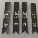 Custom 50d de alta densidad de 1,5*8.4cm corte fantasía etiquetas tejidas etiquetas de tamaño tejida