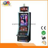 Машина электронной игры таблицы крытой занятности играя в азартные игры с читателем карточки монетки