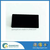 De zwarte Permanente Magneet van het Ferriet met Vlotte Oppervlakte voor Levering voor doorverkoop