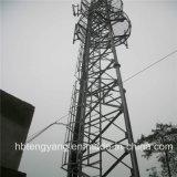 Собственная личность антенны GSM - поддерживая башня 3 труб