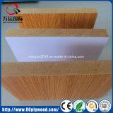 MDF liso da melamina do MDF do material de construção com o tamanho (1220X2440mm)