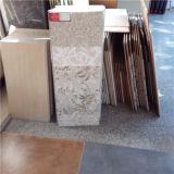 Schöne Blumen-Taillen-Zeile Keramikziegel für Wand